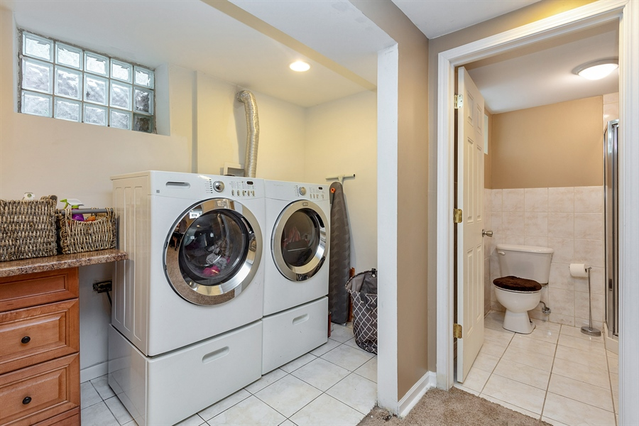 Real Estate Photography - 10602 S Longwood Dr, Chicago, IL, 60643 - Laundry Room