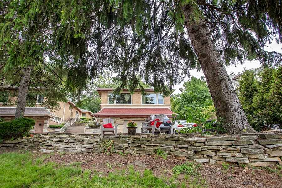 Real Estate Photography - 10602 S Longwood Dr, Chicago, IL, 60643 - Front View