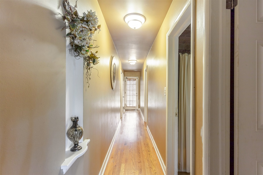 Real Estate Photography - 10602 S Longwood Dr, Chicago, IL, 60643 - Hallway