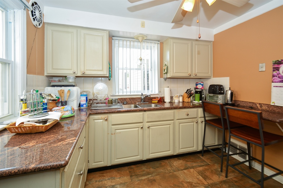 Real Estate Photography - 8147 S Talman Ave, Chicago, IL, 60652 - Kitchen
