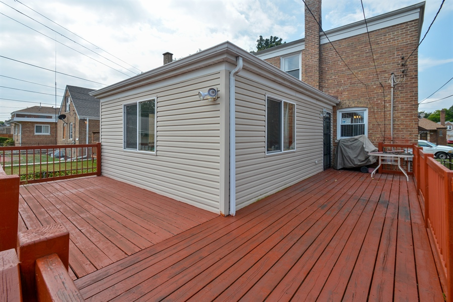 Real Estate Photography - 8147 S Talman Ave, Chicago, IL, 60652 - Deck