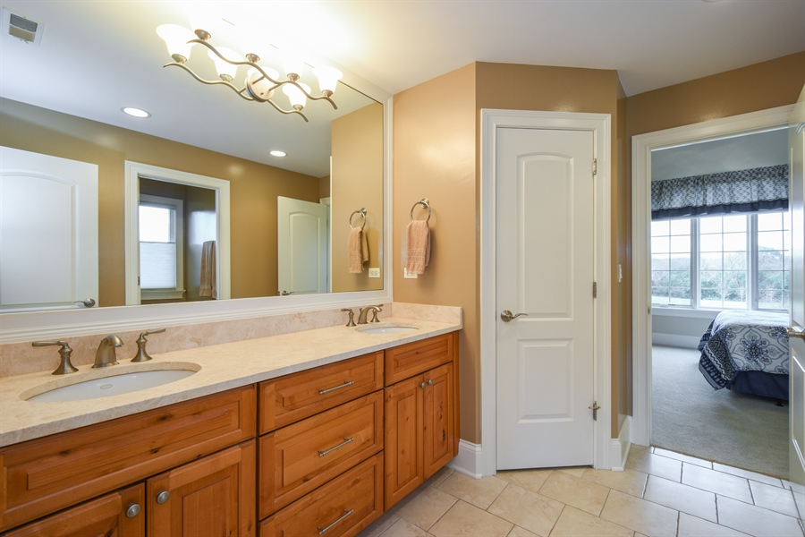 Real Estate Photography - 26053 West Sunset Road, Barrington, IL, 60010 - 2nd Bathroom