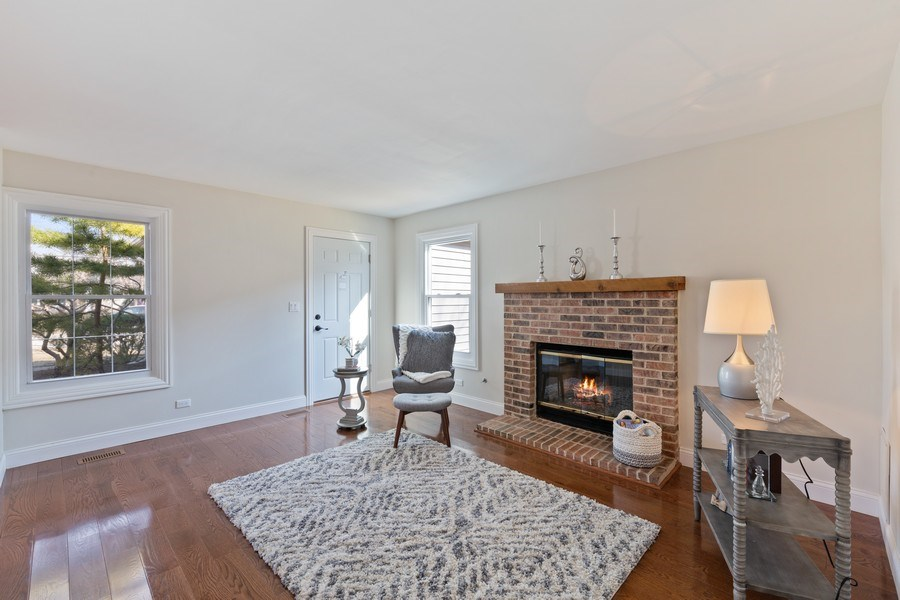 Real Estate Photography - 787 Poppy Lane, Bartlett, IL, 60103 - Family Room