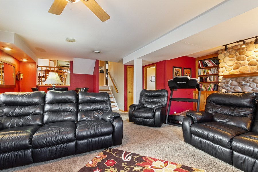 Real Estate Photography - 8124 Tudor Lane, Tinley Park, IL, 60477 - Family Room