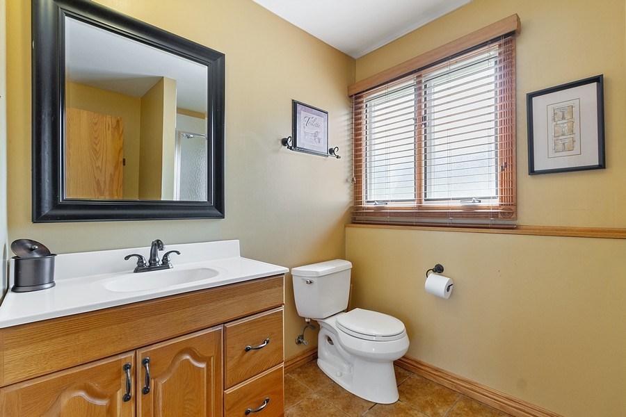 Real Estate Photography - 8124 Tudor Lane, Tinley Park, IL, 60477 - 2nd Bathroom