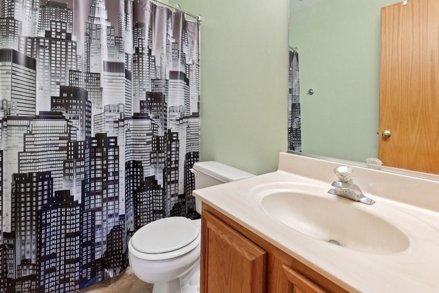 Real Estate Photography - 4414 W. Ole Farm Rd, Plainfield, IL, 60586 - Master Bathroom
