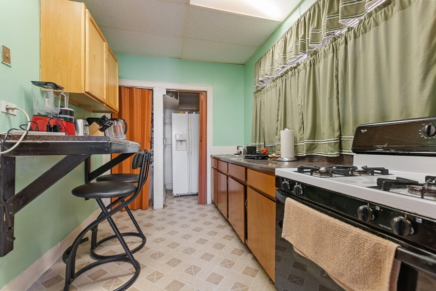 Real Estate Photography - 8046 S Langley Ave, Unit 1, Chicago, IL, 60619 - Kitchen