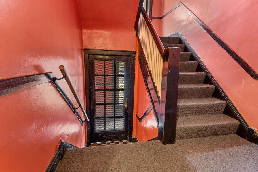 Real Estate Photography - 8046 S Langley Ave, Unit 1, Chicago, IL, 60619 - Hallway