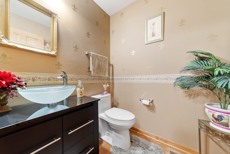 Real Estate Photography - 640 Canterbury, Pingree Grove, IL, 60140 - Powder Room