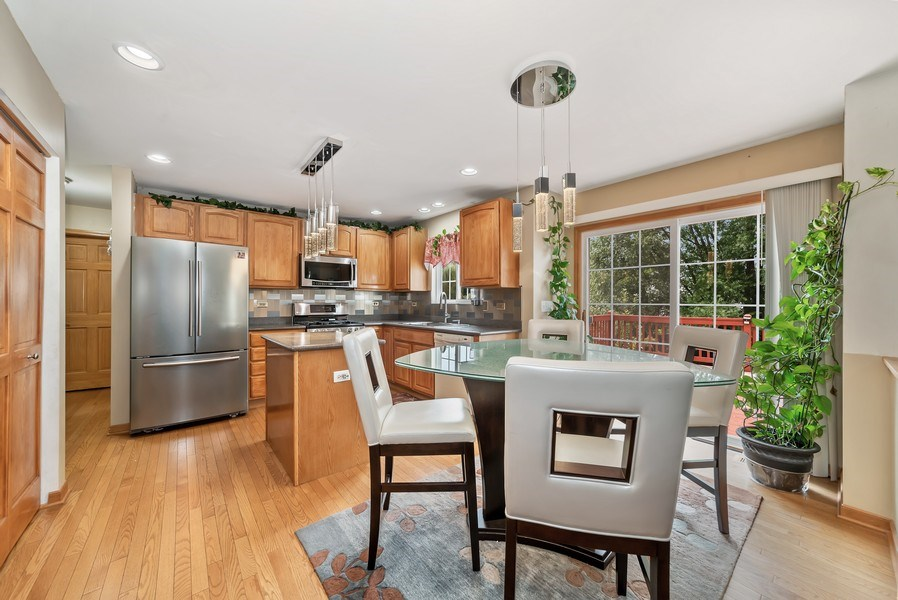 Real Estate Photography - 640 Canterbury, Pingree Grove, IL, 60140 - Kitchen