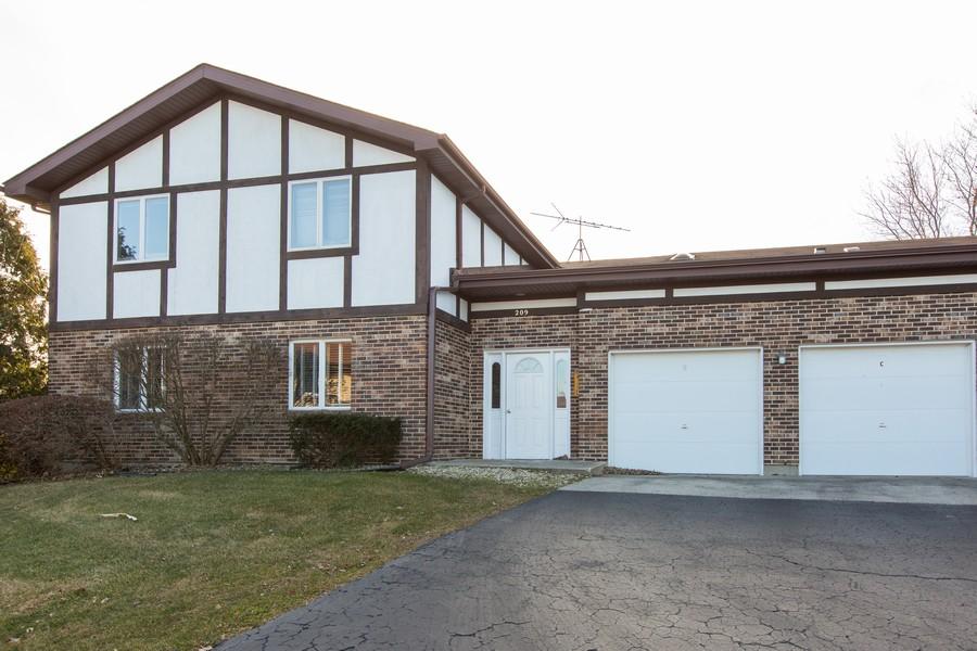 Real Estate Photography - 209 N Vine St, Unit A, New Lenox, IL, 60451 - Front View