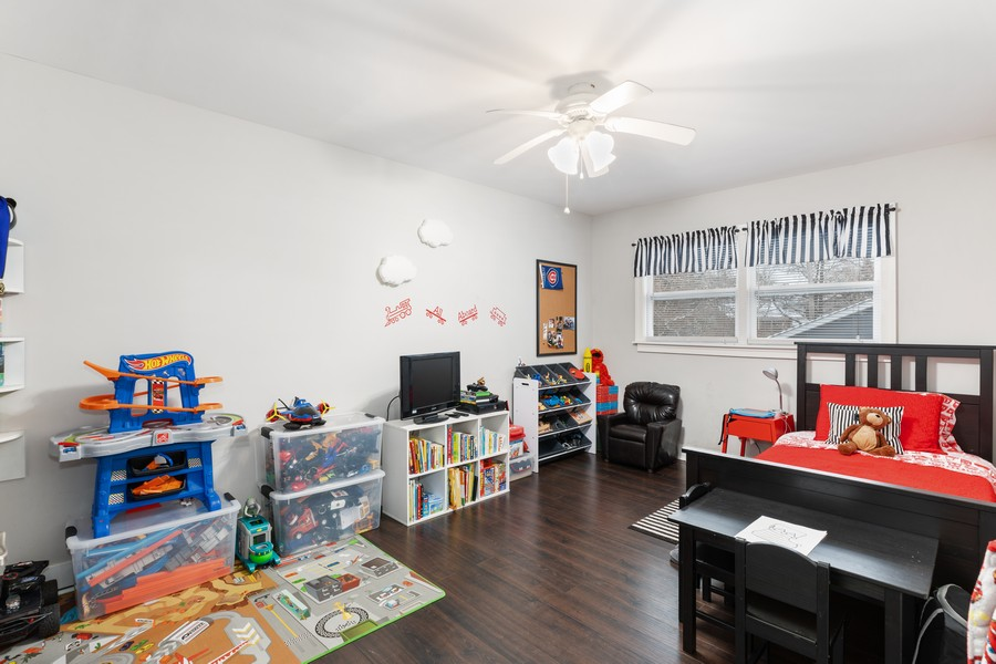 Real Estate Photography - 17114 S Maryland, south holland, IL, 60473 - Bedroom