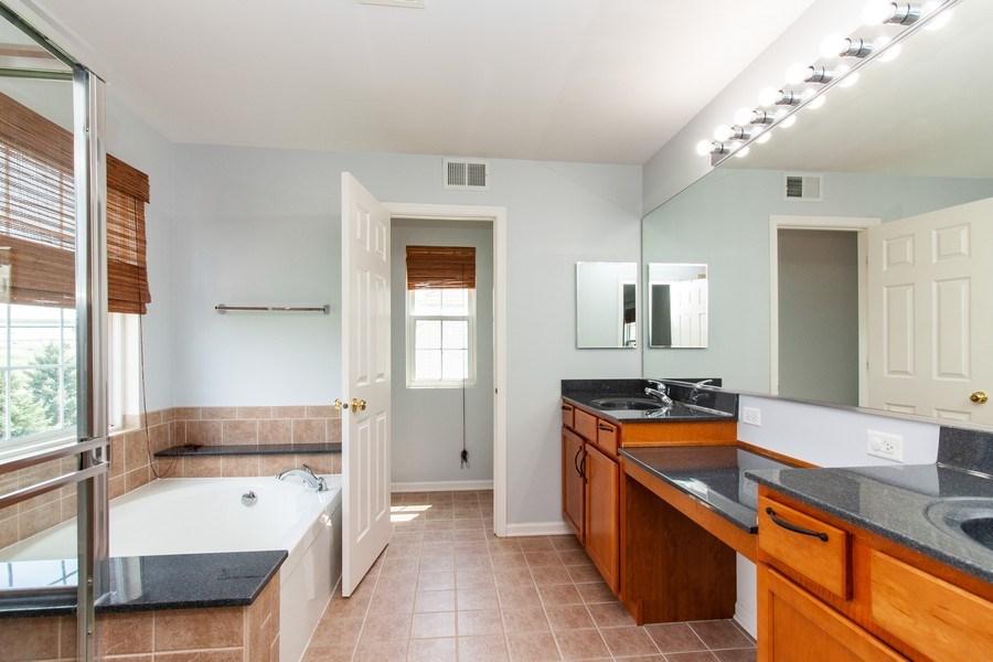 Real Estate Photography - 348 Stonegate, Bolingbrook, IL, 60440 - Master Bathroom