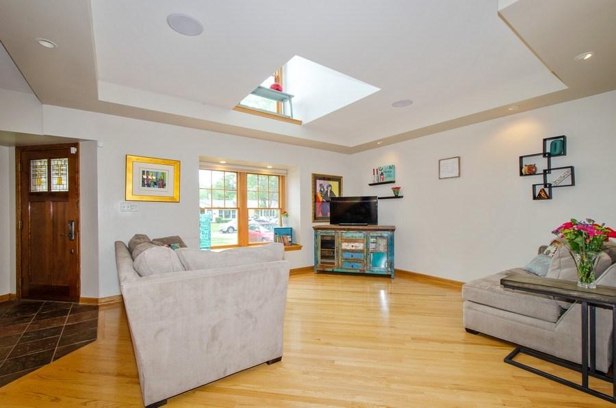 Real Estate Photography - 1025 Kent, Park Ridge, IL, 60068 - Living Room