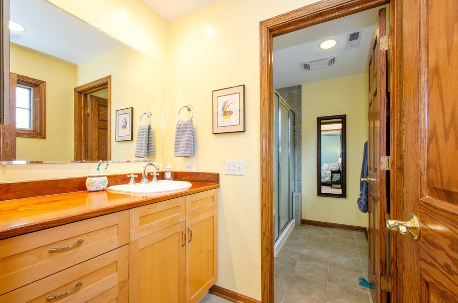 Real Estate Photography - 1025 Kent, Park Ridge, IL, 60068 - Master Bathroom