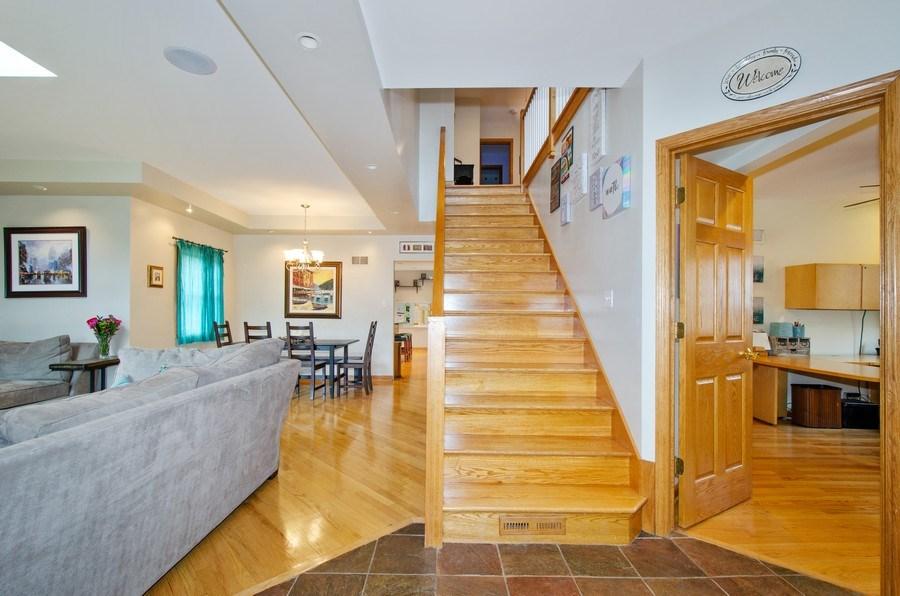 Real Estate Photography - 1025 Kent, Park Ridge, IL, 60068 - Foyer