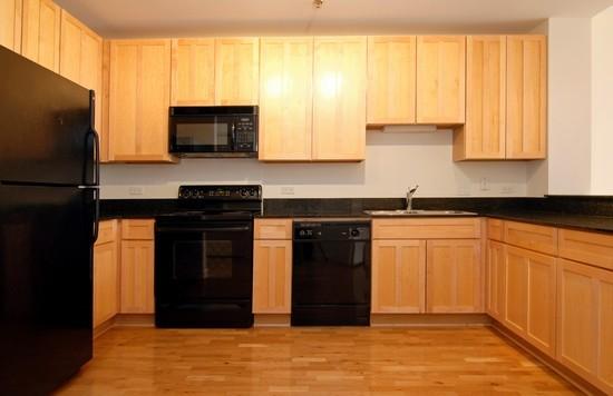 Real Estate Photography - 1322 S Prairie, Unit 1103, Chicago, IL, 60605 - Kitchen