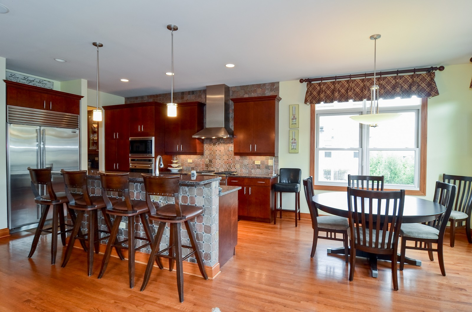 Real Estate Photography - 1443 S. Emerald, Chicago, IL, 60607 - Kitchen / Breakfast Room