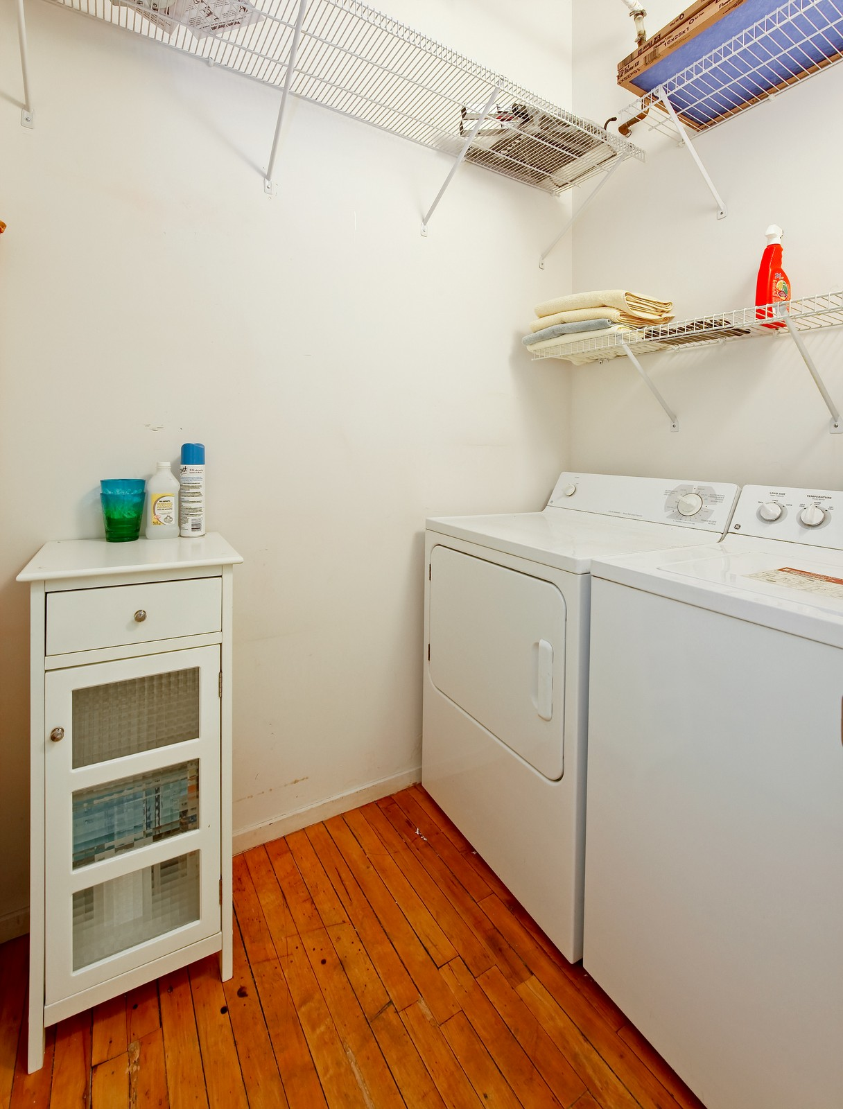 Real Estate Photography - 728 W. Jackson, 405, Chicago, IL, 60661 - Laundry Room