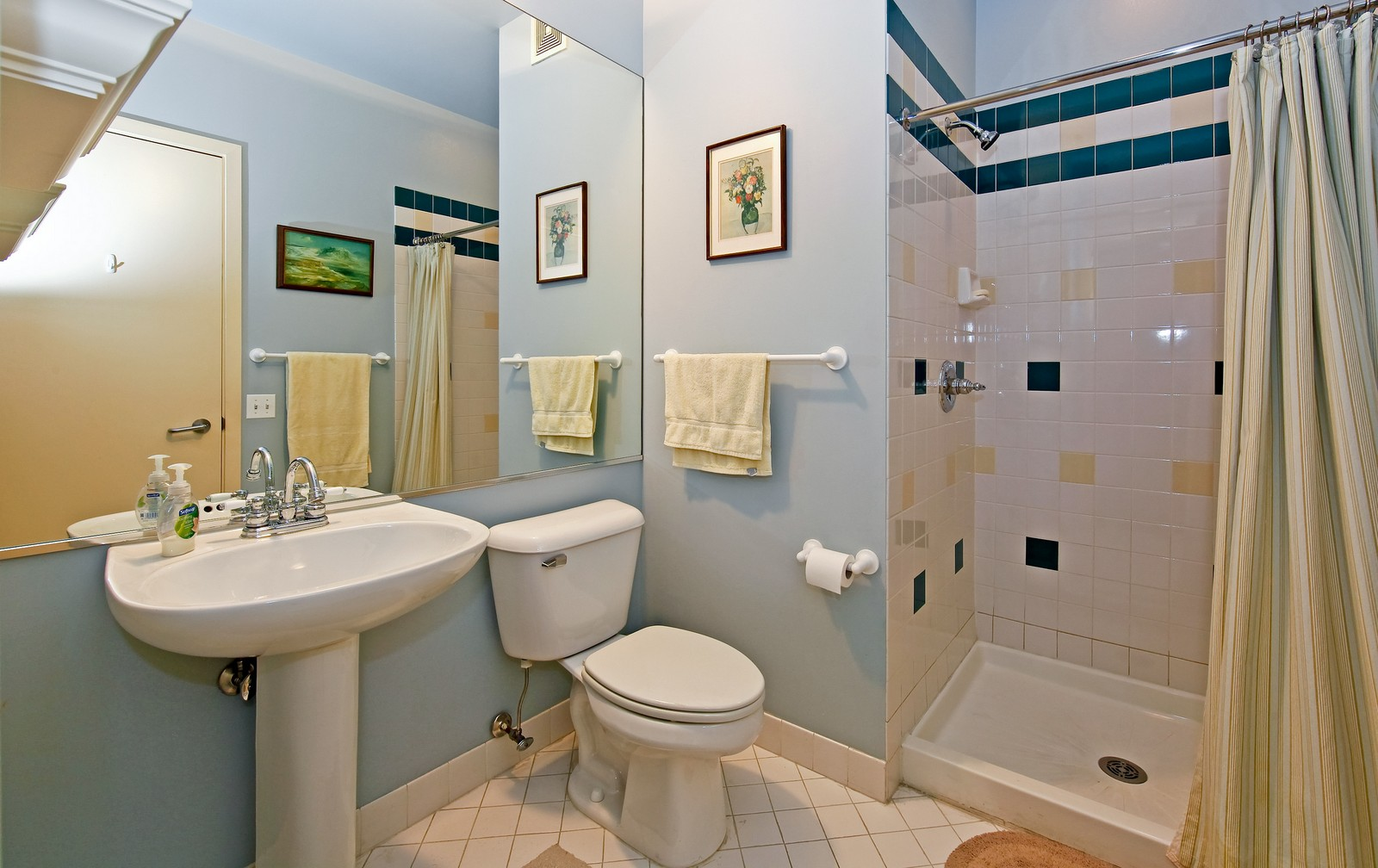 Real Estate Photography - 728 W. Jackson, 405, Chicago, IL, 60661 - Bathroom