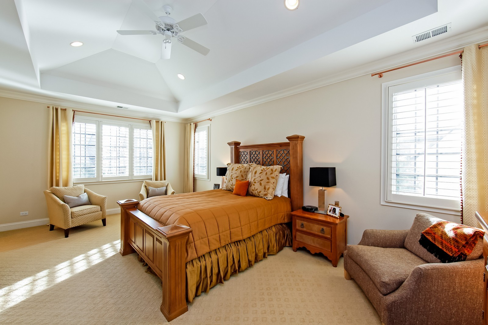 Real Estate Photography - 230 Franklin, Glencoe, IL, 60022 - Master Bedroom