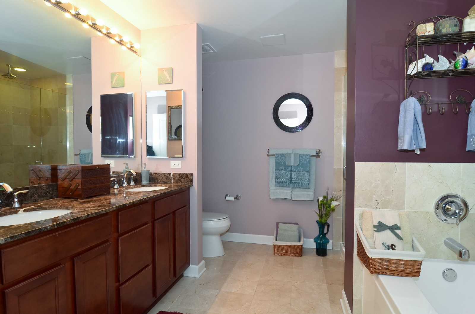 Real Estate Photography - 1629 S. Prairie, 1401, Chicago, IL, 60616 - Master Bathroom