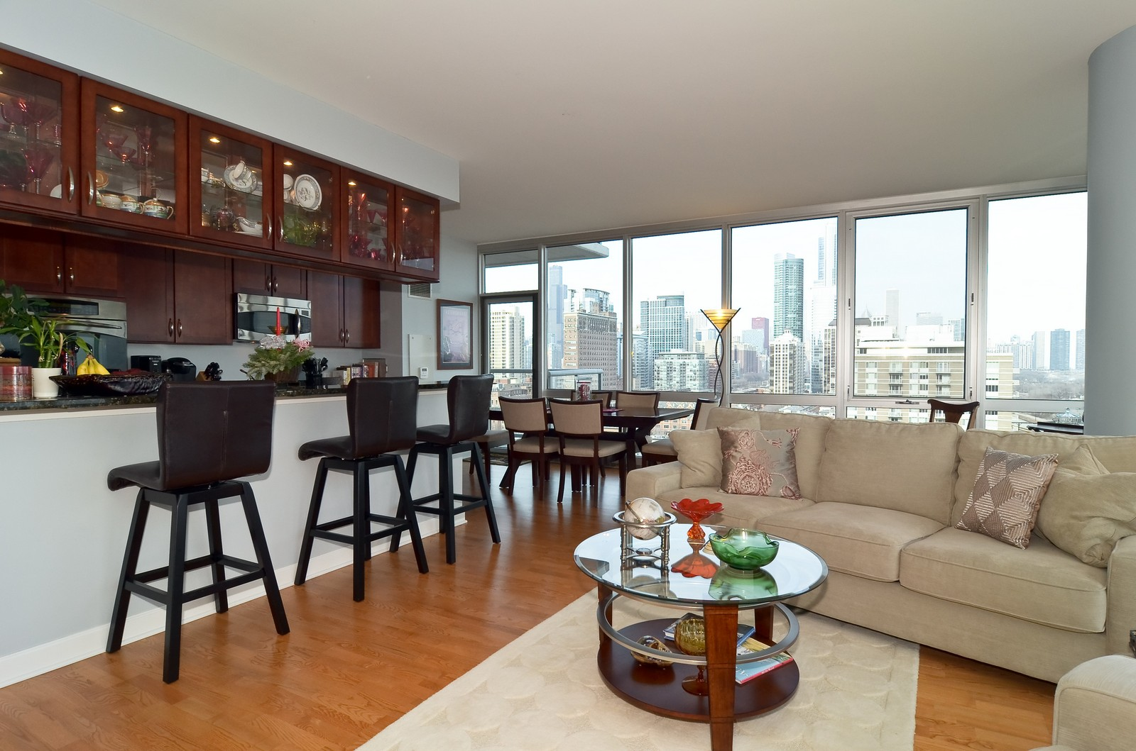 Real Estate Photography - 1629 S. Prairie, 1401, Chicago, IL, 60616 - Living Room