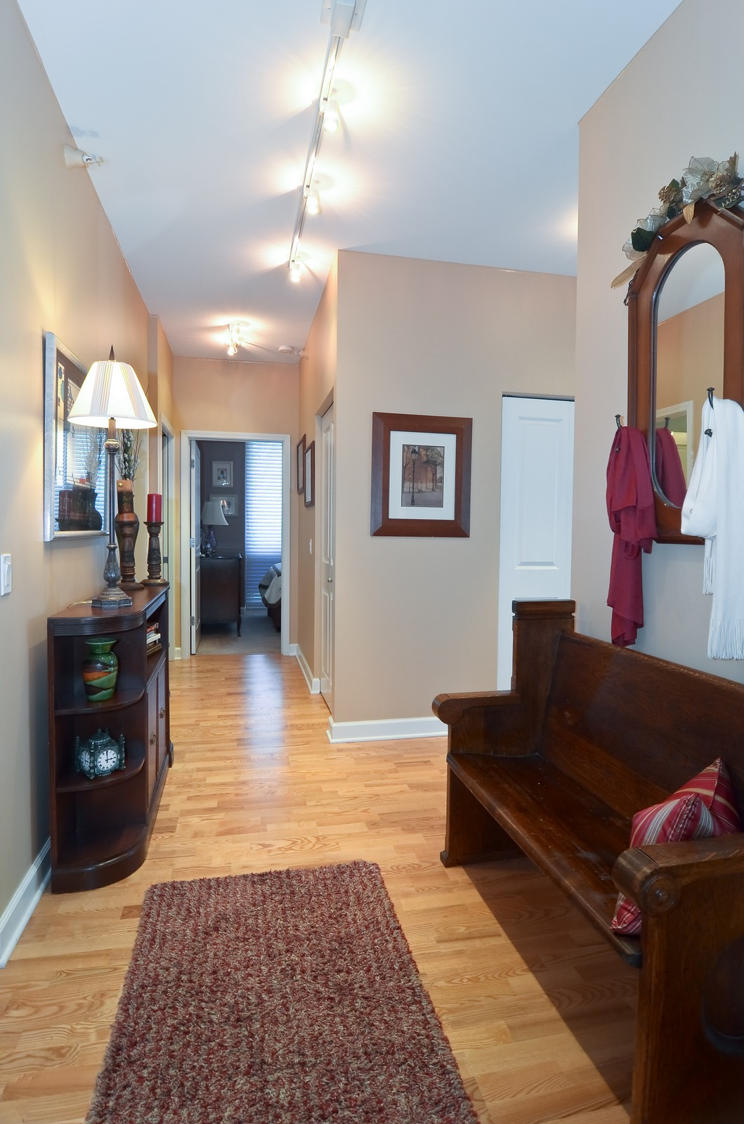 Real Estate Photography - 1629 S. Prairie, 1401, Chicago, IL, 60616 - Foyer