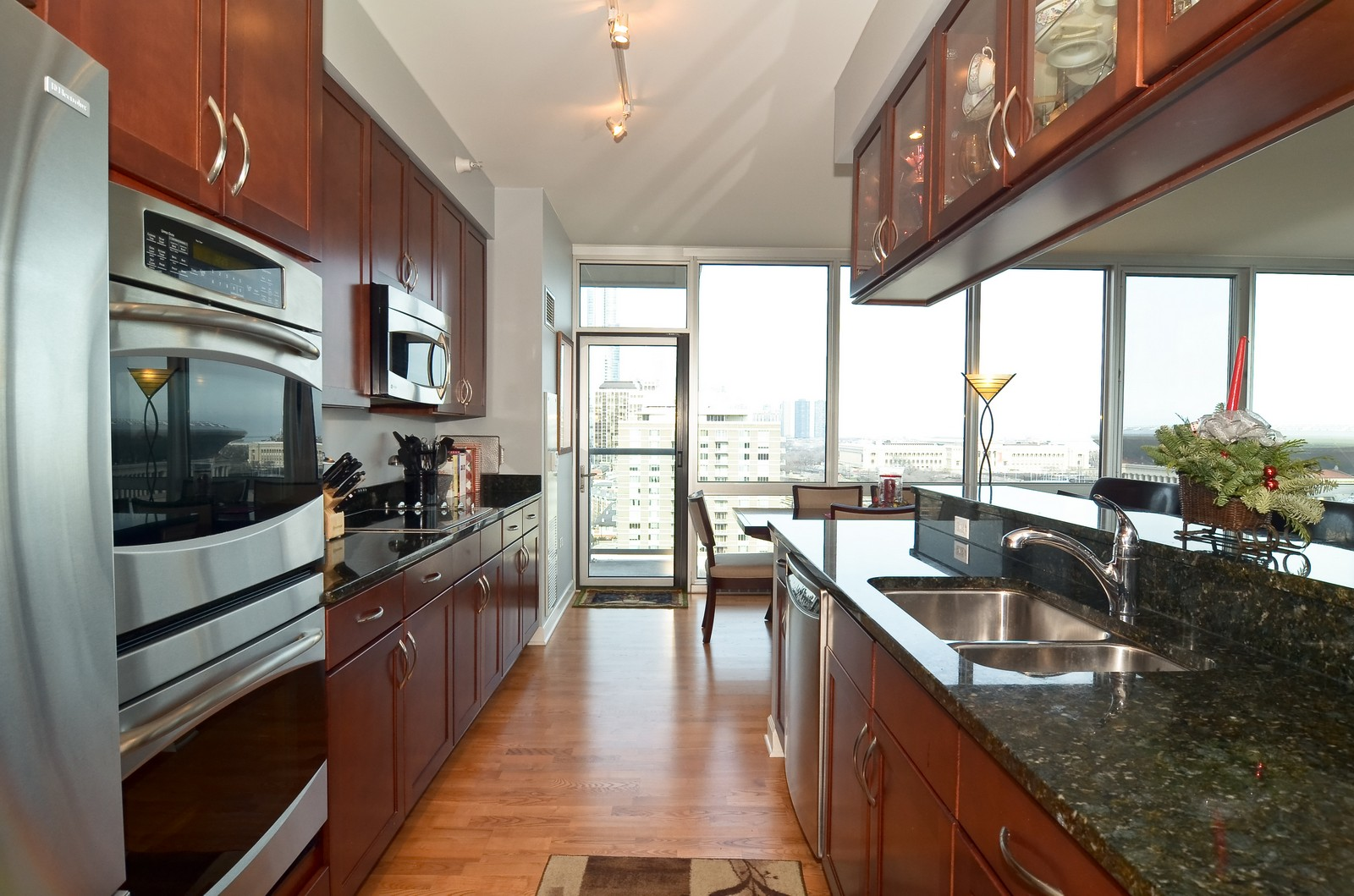 Real Estate Photography - 1629 S. Prairie, 1401, Chicago, IL, 60616 - Kitchen