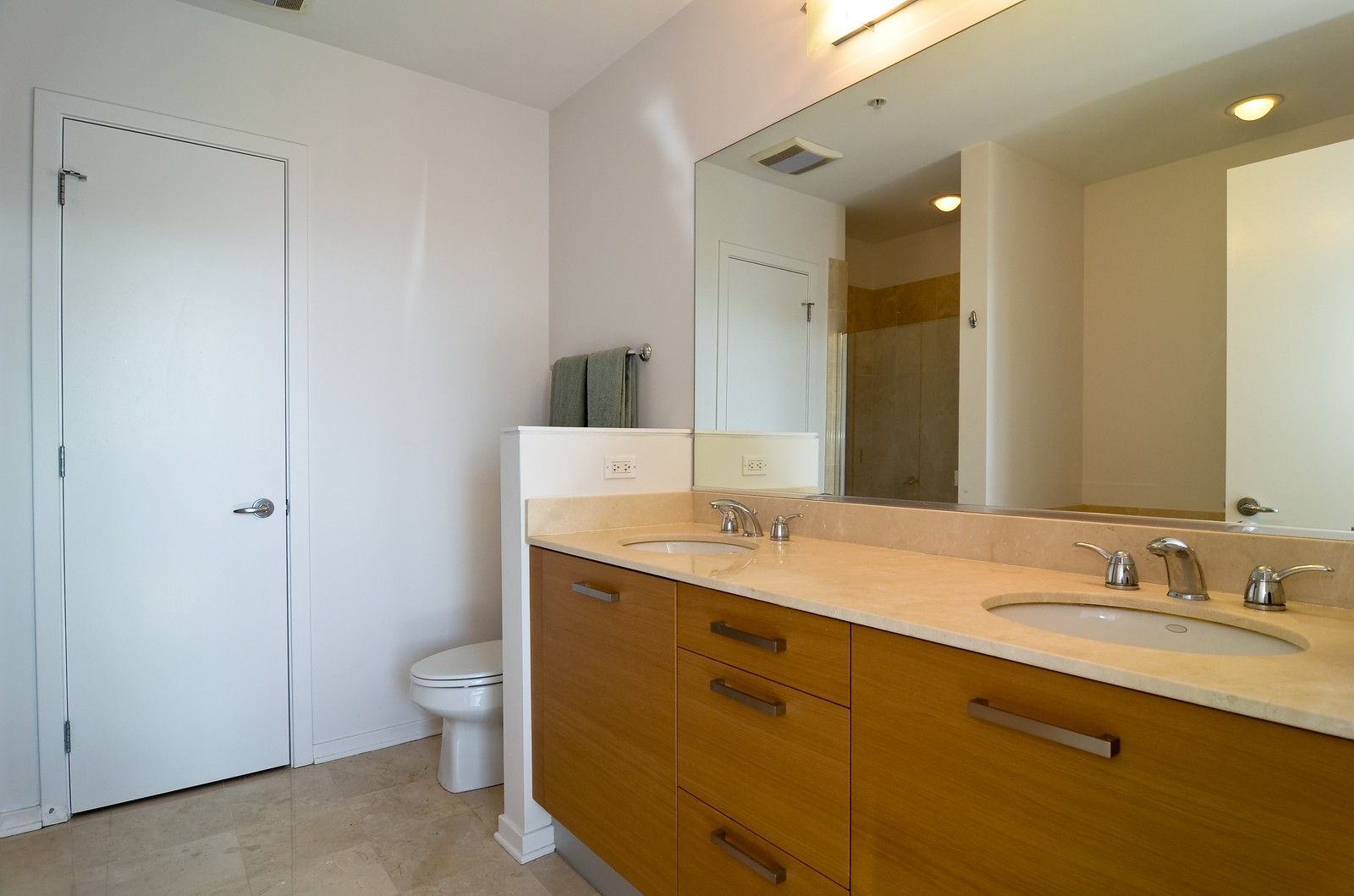 Real Estate Photography - 500 W Superior, Chicago, IL, 60654 - Master Bathroom