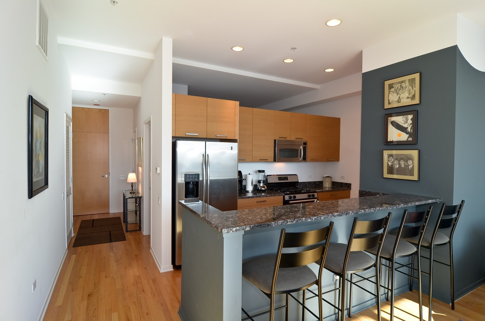 Real Estate Photography - 500 W Superior, Chicago, IL, 60654 - Kitchen