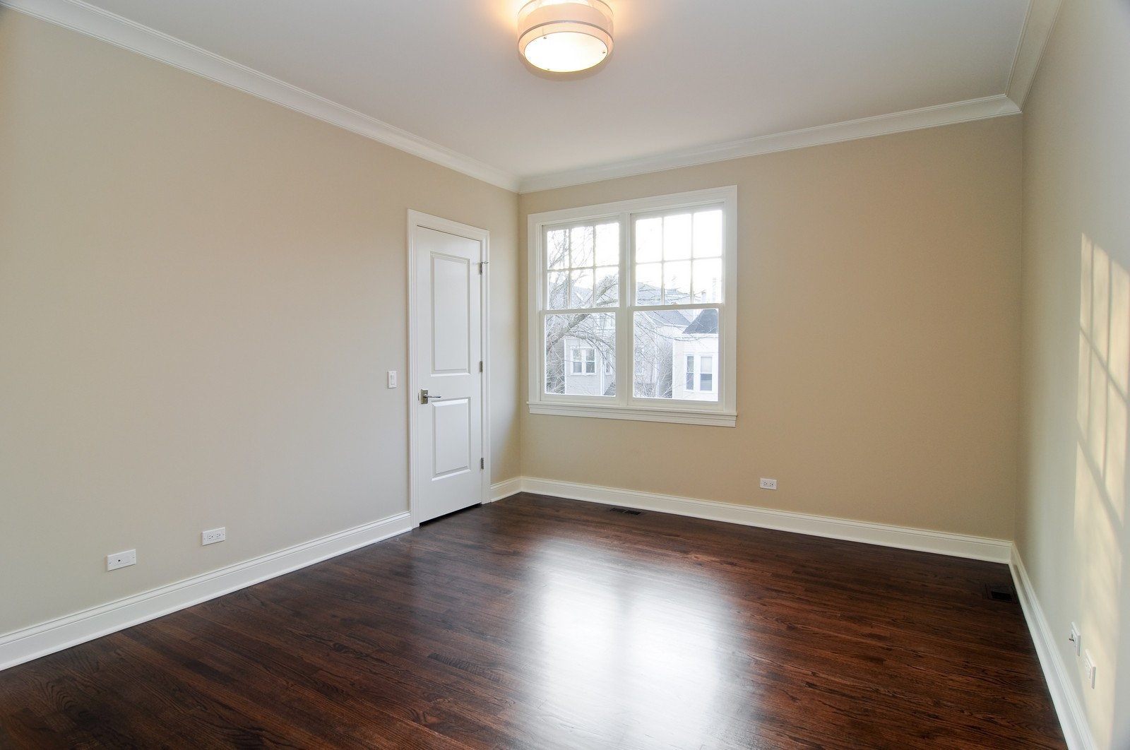 Real Estate Photography - 3845 N Paulina St, Chicago, IL, 60613 - Kids Bedroom