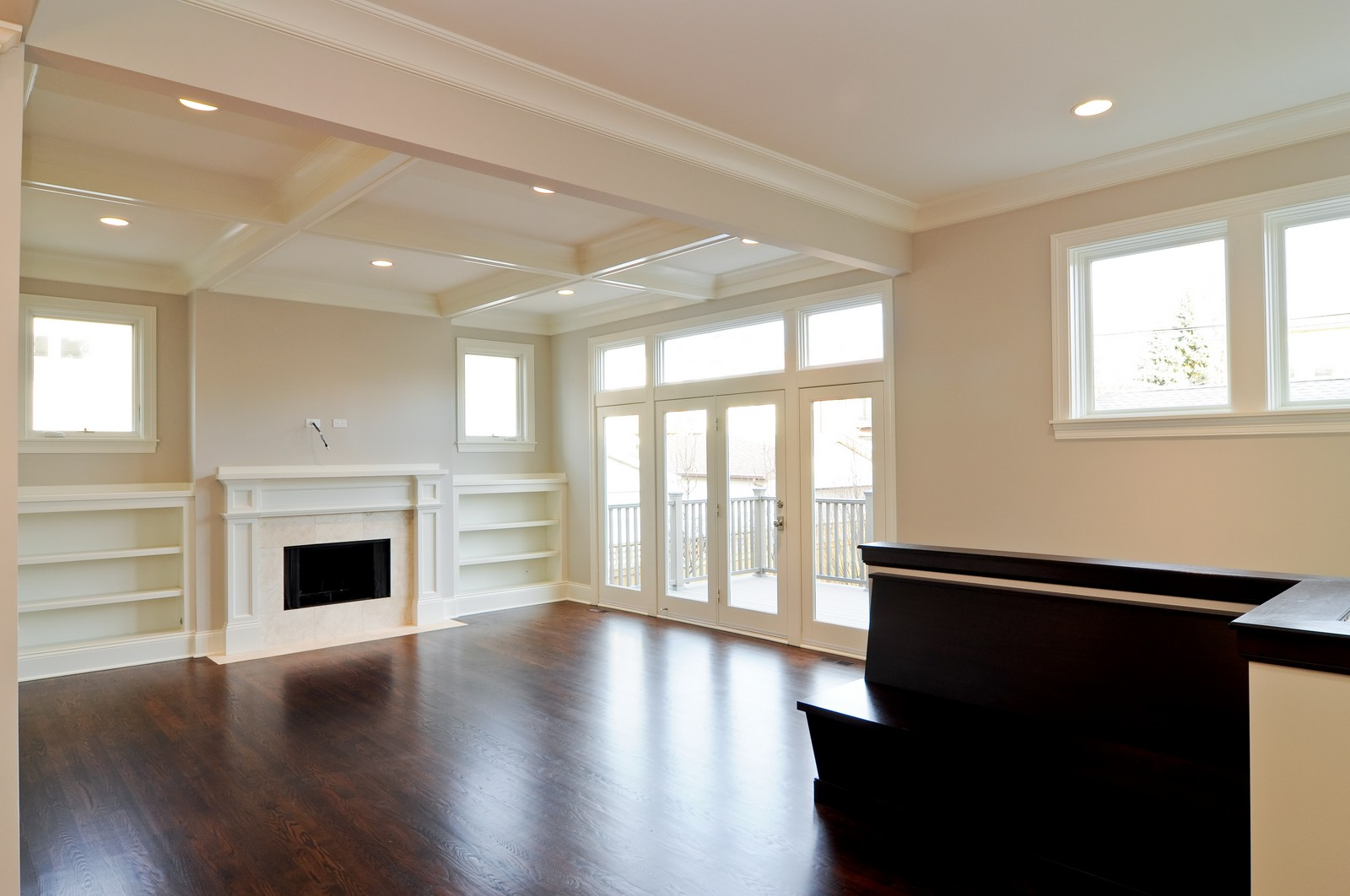 Real Estate Photography - 3845 N Paulina St, Chicago, IL, 60613 - Family Room