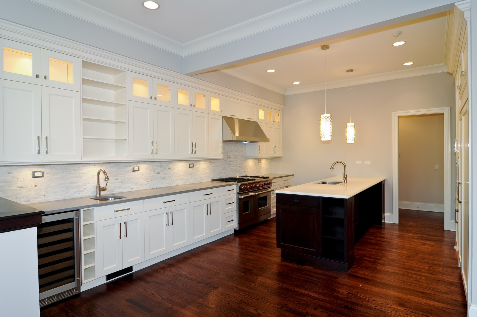 Real Estate Photography - 3845 N Paulina St, Chicago, IL, 60613 - Kitchen
