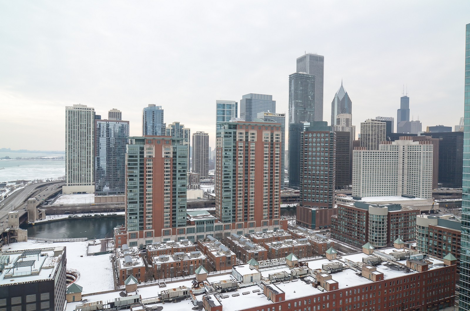 Real Estate Photography - 530 N Lake Shore Drive, Unit 2800, Chicago, IL, 60611 - View