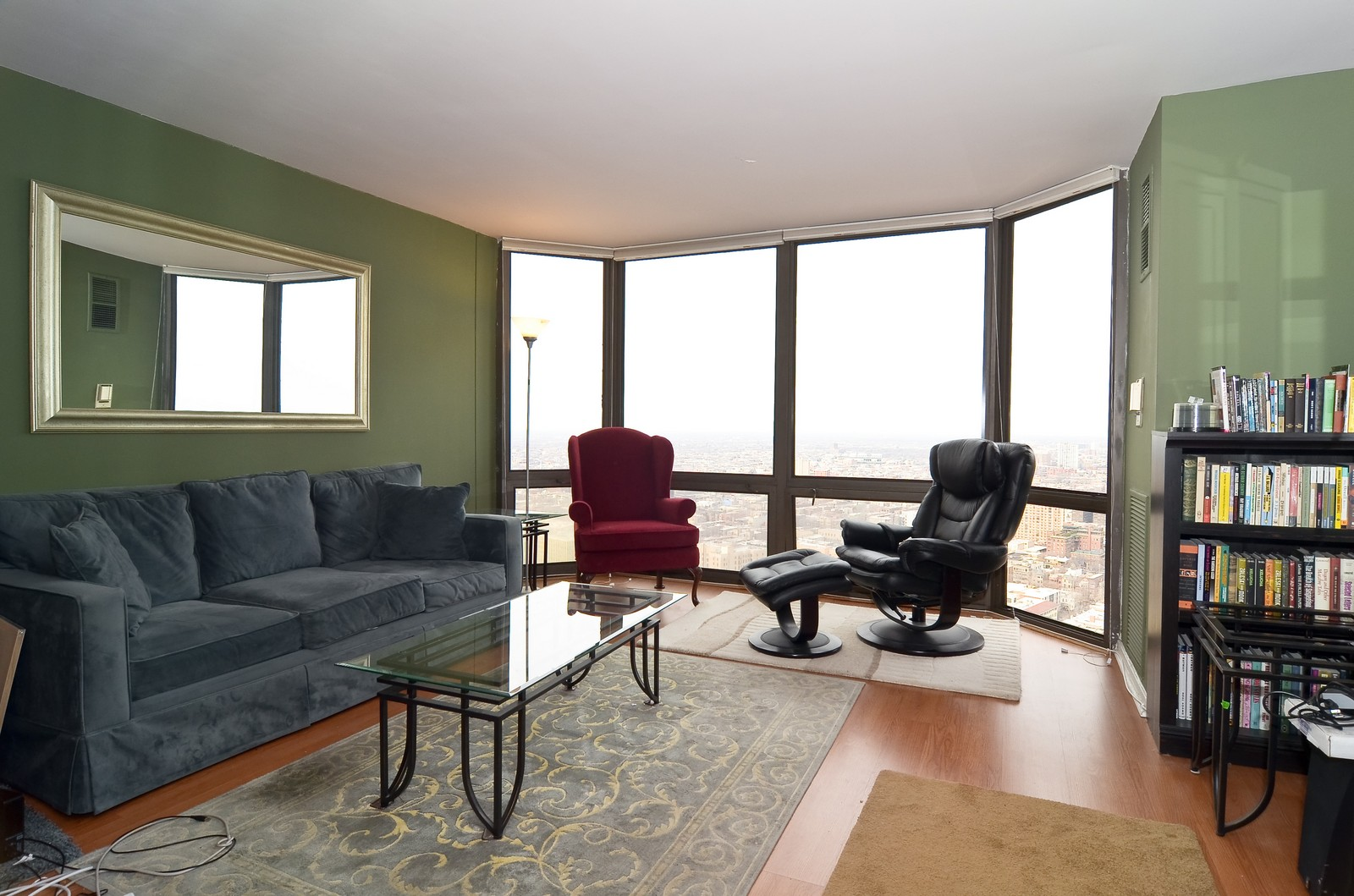 Real Estate Photography - 2650 N. Lakeview, 4205, Chicago, IL, 60614 - Living Room