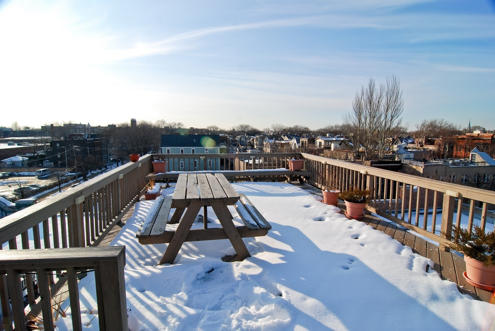 Real Estate Photography - 2435 N. Sheffield, 9, Chicago, IL, 60614 - Roof
