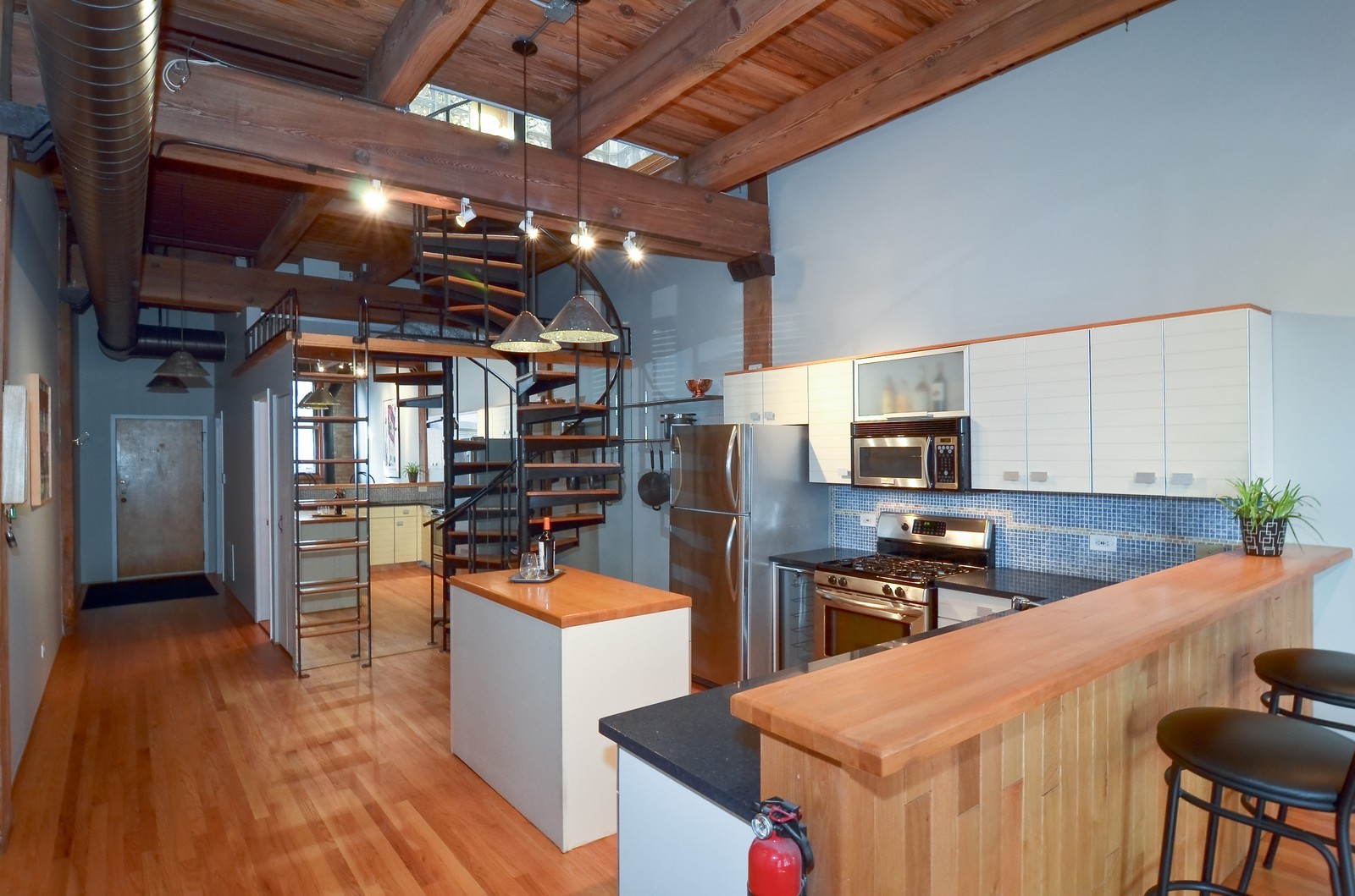 Real Estate Photography - 2435 N. Sheffield, 9, Chicago, IL, 60614 - Kitchen