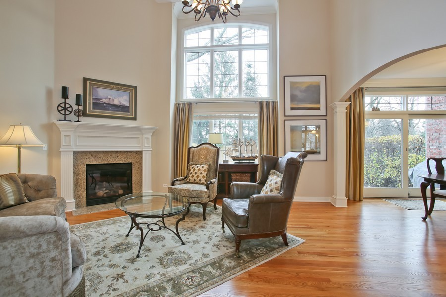 Real Estate Photography - 5613 Durand, Downers Grove, IL, 60515 - Living Room