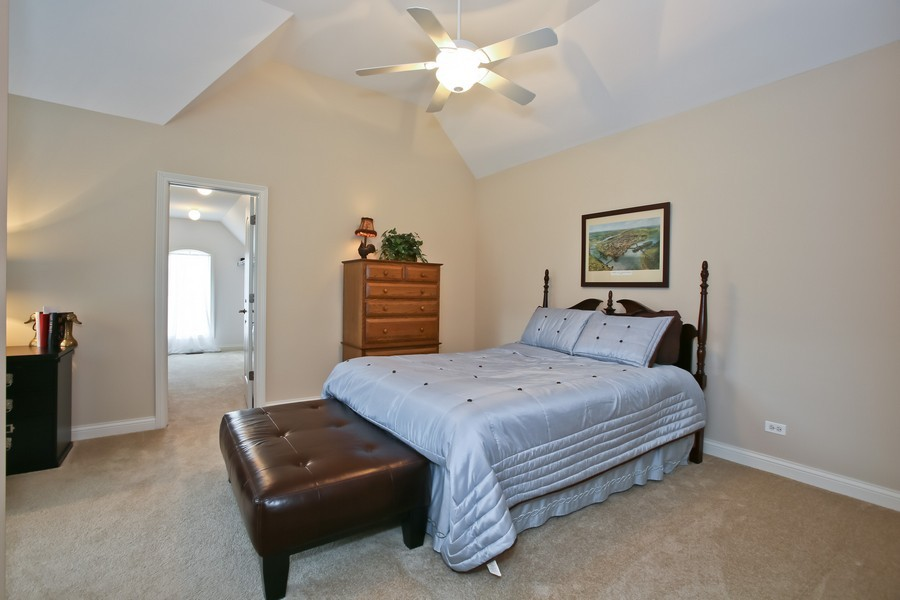Real Estate Photography - 5613 Durand, Downers Grove, IL, 60515 - Bedroom