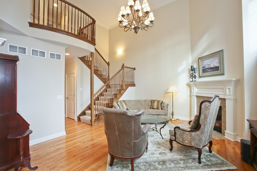 Real Estate Photography - 5613 Durand, Downers Grove, IL, 60515 - Great Room
