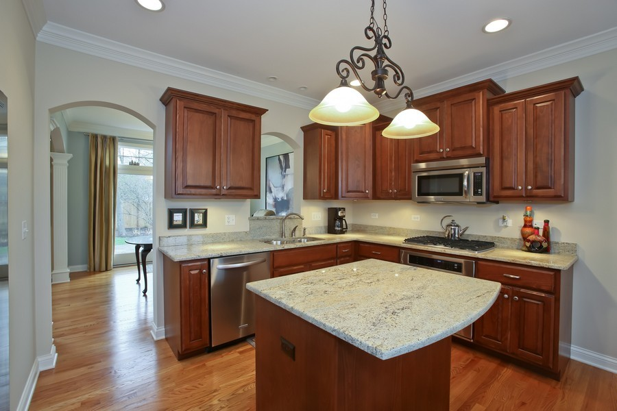 Real Estate Photography - 5613 Durand, Downers Grove, IL, 60515 - Kitchen