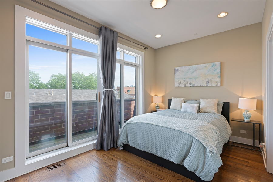 Real Estate Photography - 1543 N Bosworth, Unit #3, Chicago, IL, 60642 - Master Bedroom