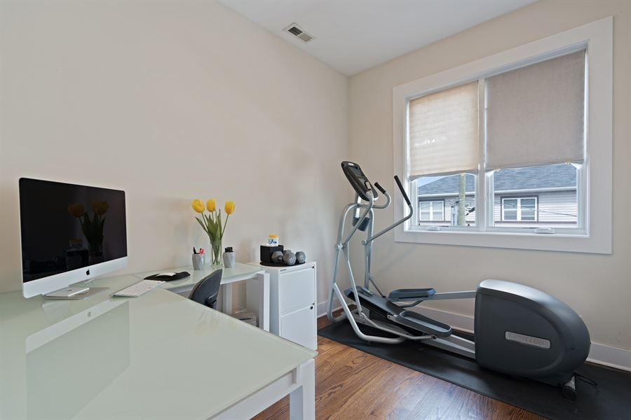 Real Estate Photography - 1543 N Bosworth, Unit #3, Chicago, IL, 60642 - 3rd Bedroom
