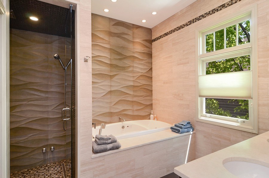 Real Estate Photography - 1710 N Orchard, Chicago, IL, 60614 - Master Bathroom