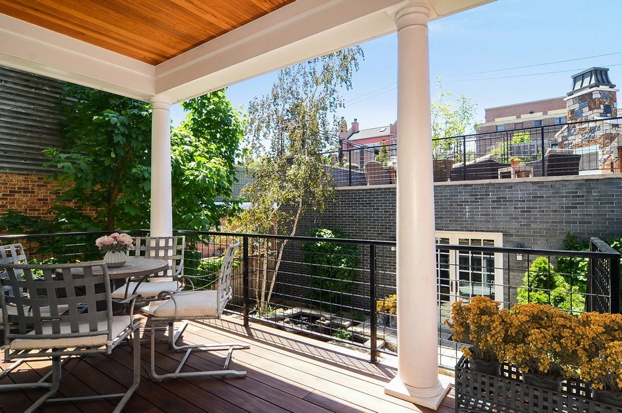 Real Estate Photography - 1710 N Orchard, Chicago, IL, 60614 - Deck