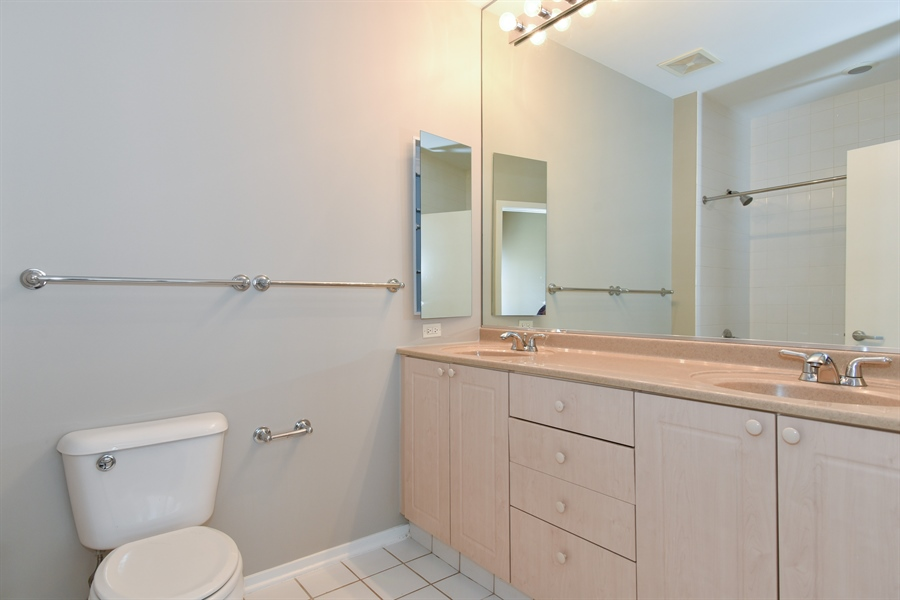 Real Estate Photography - 324 N Jefferson St, Unit #307, Chicago, IL, 60661 - Master Bathroom