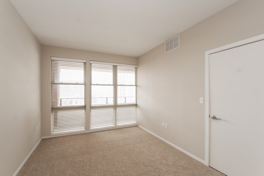 Real Estate Photography - 324 N Jefferson St, Unit #307, Chicago, IL, 60661 - Bedroom
