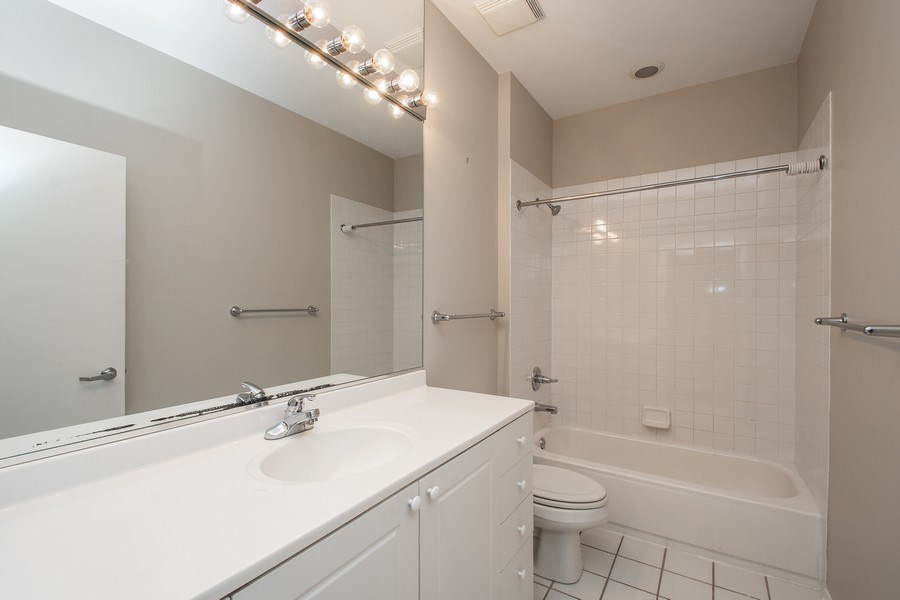 Real Estate Photography - 324 N Jefferson St, Unit #307, Chicago, IL, 60661 - Bathroom