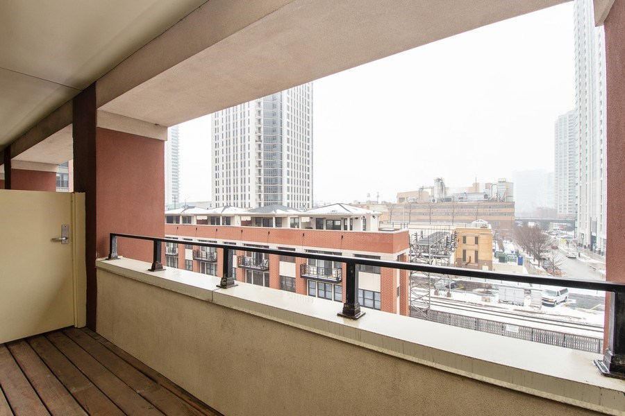 Real Estate Photography - 324 N Jefferson St, Unit #307, Chicago, IL, 60661 - Balcony